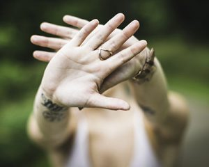 handsPhoto